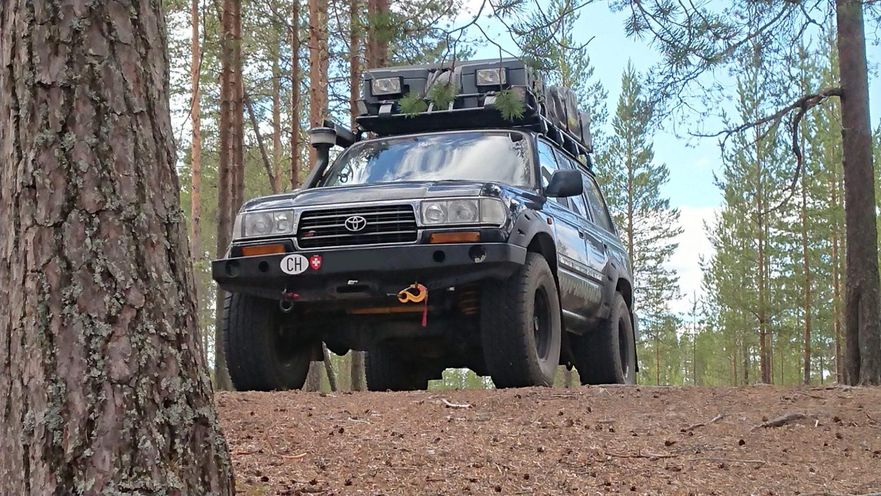 Off-Tech Toyota Land Cruiser HDJ80